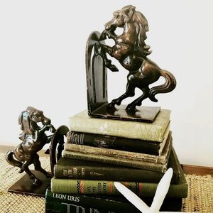 Other - Vintage iron book holders